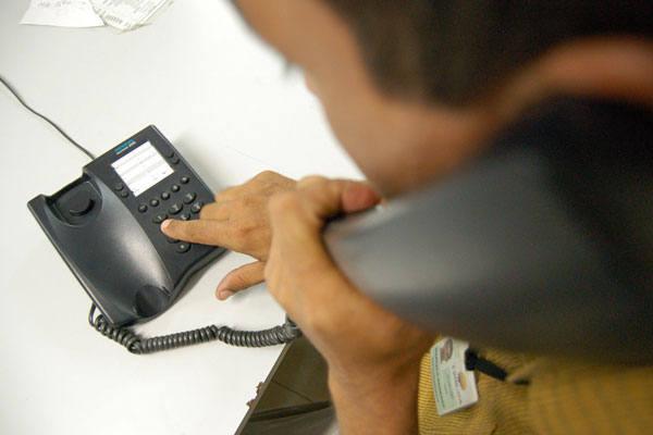 Telefonia é o setor que possui o maior volume de calotes dos consumidores em junho