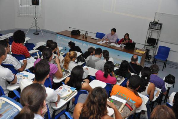 """Secretária Executiva do Ministério do Esporte, Luíza Rangel apresenta conferência sobre """"O desafio Científico e Tecnológico dos Megaeventos Esportivos"""""""
