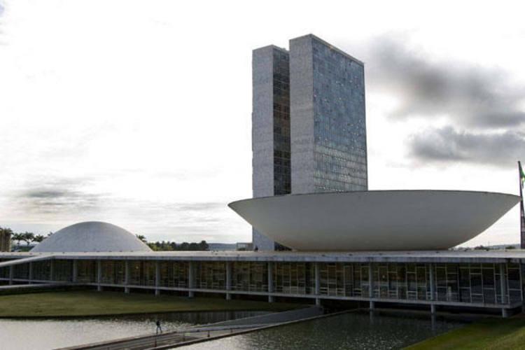 Congresso Nacional recebe na próxima terça-feira proposta com mudança no reajuste do mínimo