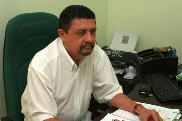 Francisco Ferreira Lima critica a remuneração oferecida aos profissionais de veterinária nesse concurso