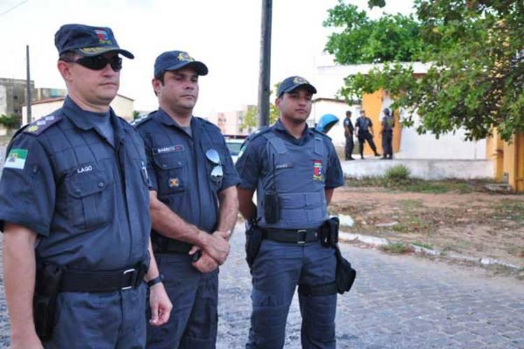 Lago, Barreto e Rafael concordam que o trabalho de policiamento comunitário tem surtido efeito