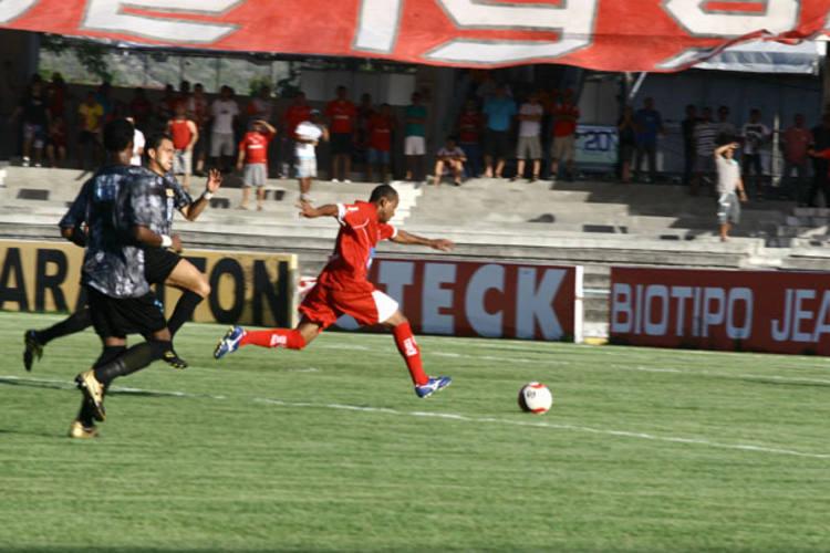 Lances do jogo entre América e Braziliense, no Machadão, pela série B do Campeonato Brasileiro