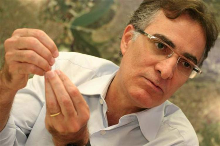 Fernando Fernandes ainda acredita no projeto de Natal 2014