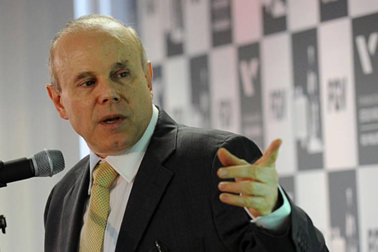 Ministro Guido Mantega afirmou que aumento superior ao proposto pelo Executivo é inviável