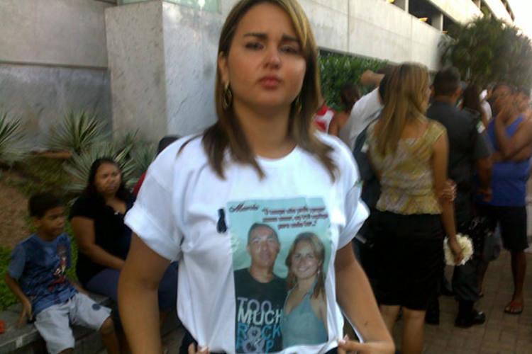 Elida Pontes, a noiva de Márcio chorou diversas vezes