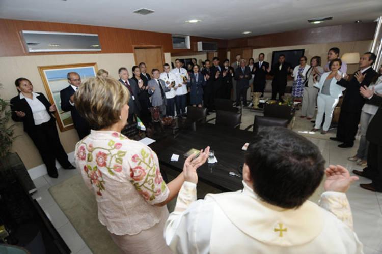 Rosalba empossou os novos secretários nesta segunda, logo após a bênção na governadoria