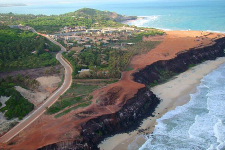 Ocupação e impermeabilização de falésias são alguns dos problemas detectados pelo Ibama no RN fotos: ibama