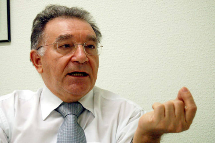 Secretário de Administração, Manoel Pereira assegura que pagamento da folha é prioritário