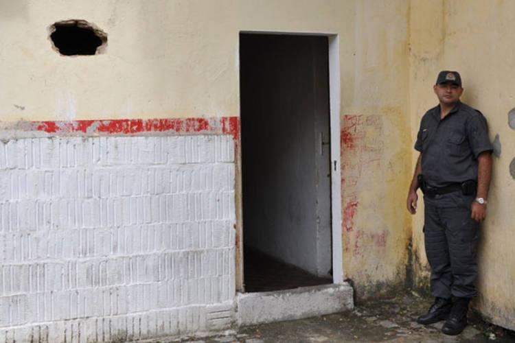 Realidade do CDP da Ribeira é lamentável e requer providência