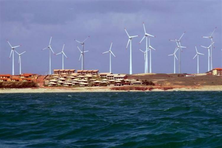 O grande carro chefe das importações do Estado em 2010 foram equipamentos para geração de energia eólica,  que corresponderam a mais de 60% do que foi comprado