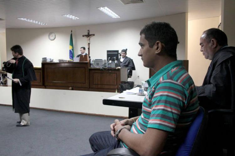 Antônio Nicolau durante o julgamento no Fórum Municipal