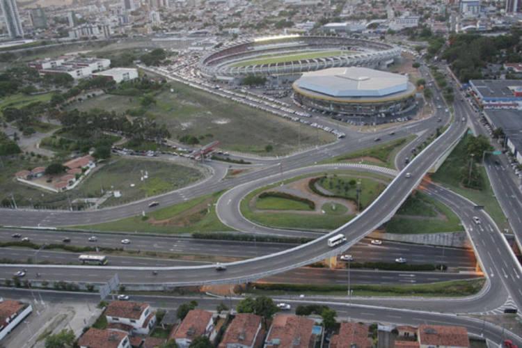 Além das obras de construção do estádio Arena das Dunas, as intervenções no trânsito, com serviços para a melhoria da mobilidade urbana vão abrir vagas de trabalho