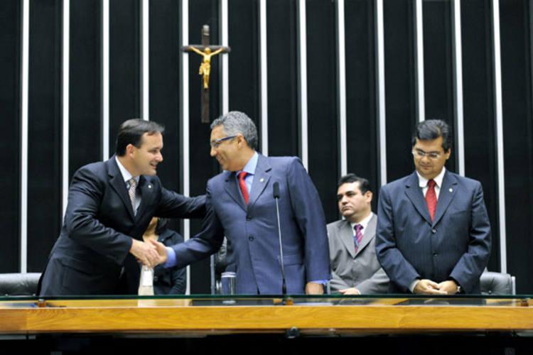 Gabriel Wedy (o 1º da esquerda para a direita) argumenta que os magistrados pedem uma reposição