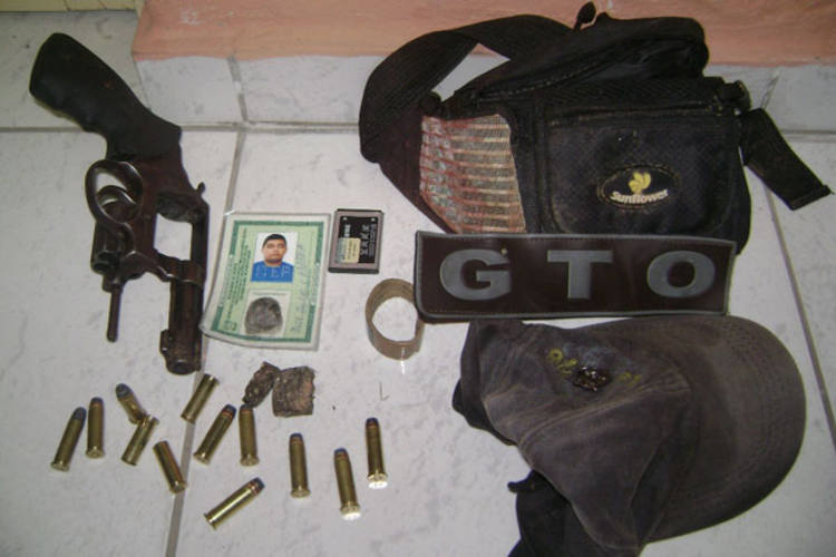 GTO apreendeu arma e munição com bandido, mas comparsa conseguiu fugir