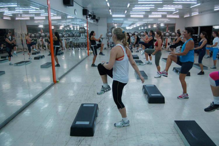 A pesquisa também aponta que 80% do público feminino está preocupado com a forma física
