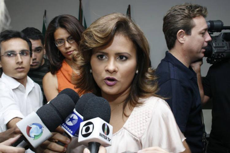 Micarla de Sousa escolheu a irmã para o cargo de  secretária municipal da Mulher