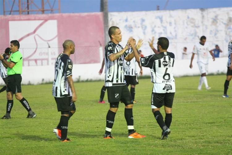 Leandrão marcou o gol do ABC contra o Coríntians
