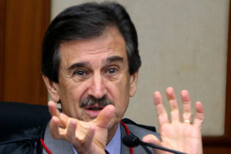 Presidente do STF, Cezar Peluso enviou a proposta de reajuste ao Congresso Nacional