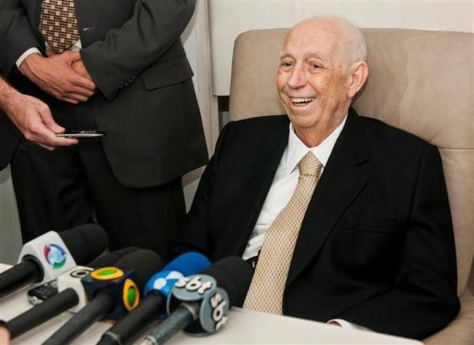 Ex-vice-presidente sempre demonstrava bom humor após internações para tratar câncer no abdômen