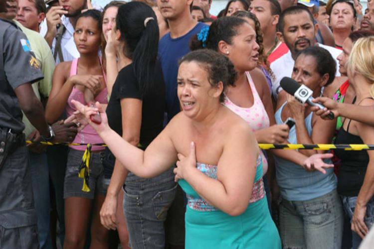 O desespero provocado por Wellington (foto menor) extrapolou as salas de aulas da Escola Tasso da Silveira, na Zona Oeste do Rio, onde ocorreu a chacina. O episódio deixou o Brasil estarrecido e solidário com as famílias das vítimas.