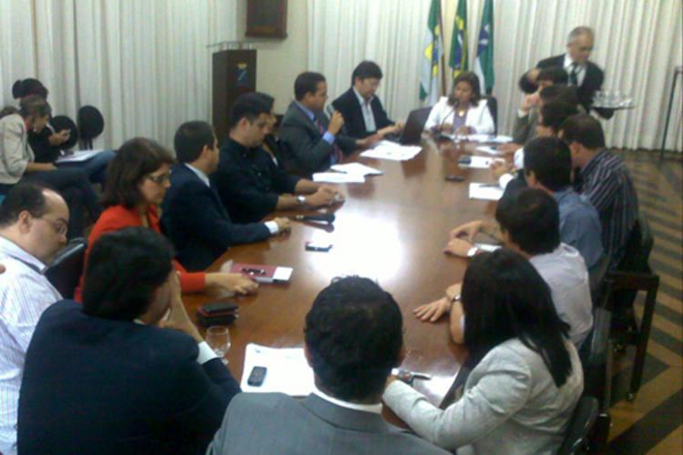 Compromisso foi firmado após reunião com a prefeita Micarla de Sousa, na manhã desta quinta-feira (14