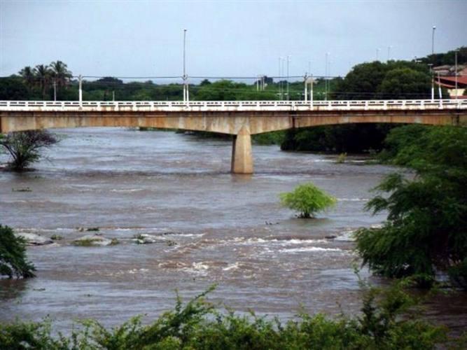 Excesso de água contribuiu para aumentar volume de rios e açudes na região