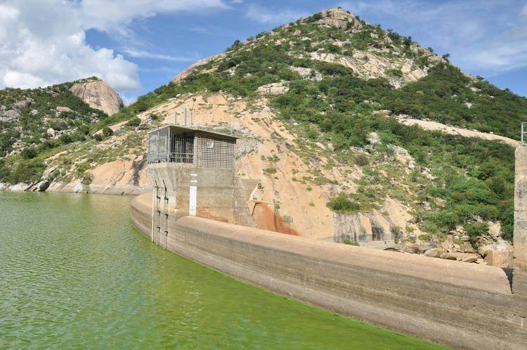 Lâmina d'água do açude Gargalheira ainda esta abaixo do limite