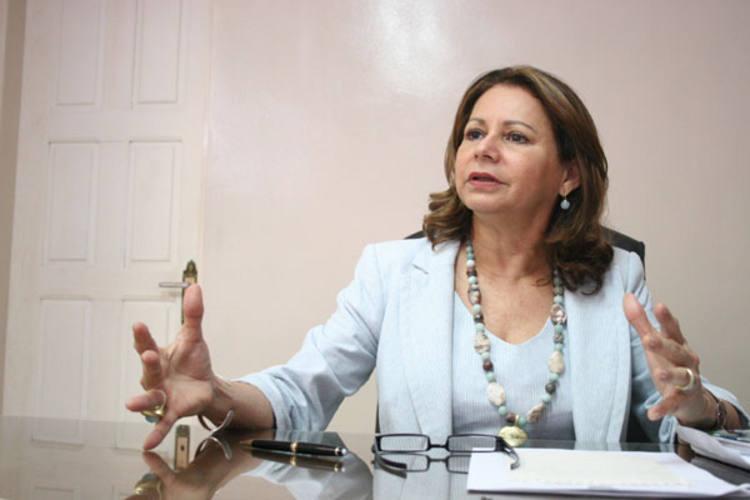 Betânia Ramalho reafirma que professores precisam participar das discussões sobre melhorias salariais