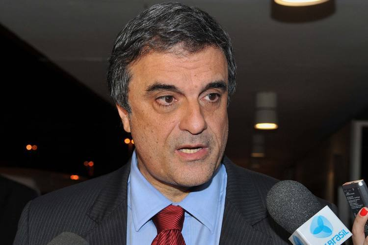 José Eduardo Cardoso afirma que mais de 60 mil presos vivem em condições inaceitáveis no país
