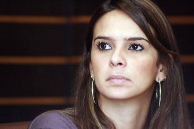 Júlia Arruda também fez duras críticas à postura de Micarla de Sousa durante coletiva de imprensa