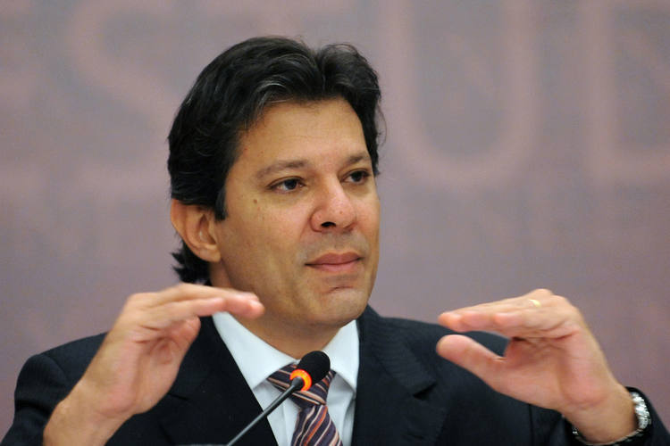 O ministro da Educação, Fernando Haddad, estuda outras mudanças para aplicação do Exame