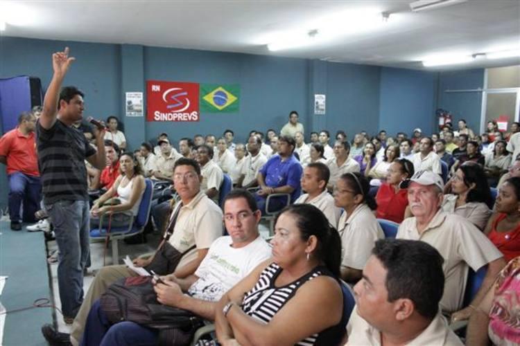 Em assembleia no Sindicato dos Previdenciários do RN, agentes desistiram da paralisação na manhã de hoje