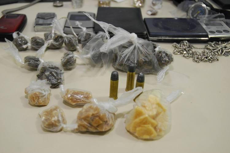 Mais de 60 pedras de Oxi foram apreendidas em meio a outras drogas no início da noite de ontem no Passo da Pátria. É a primeira vez que a droga é encontrada pela polícia no Rio Grande do Norte