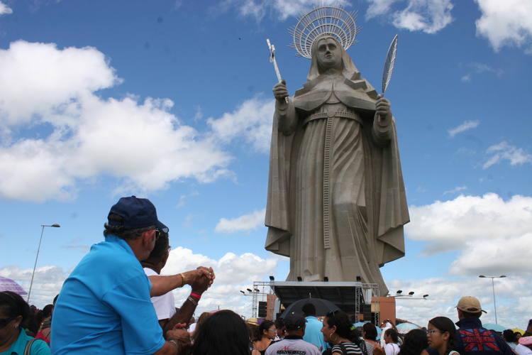 Fiéis acompanharam romaria em Santa Cruz