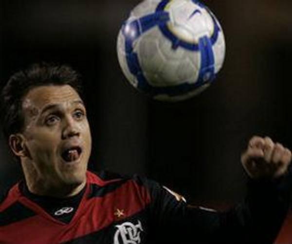 Petkovic dará adeus à carreira de jogador profissional aos 38 anos, pelo Flamengo