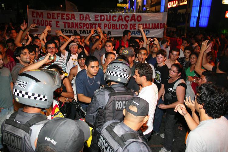 Polícia Militar acompanhou de perto a movimentação pacífica