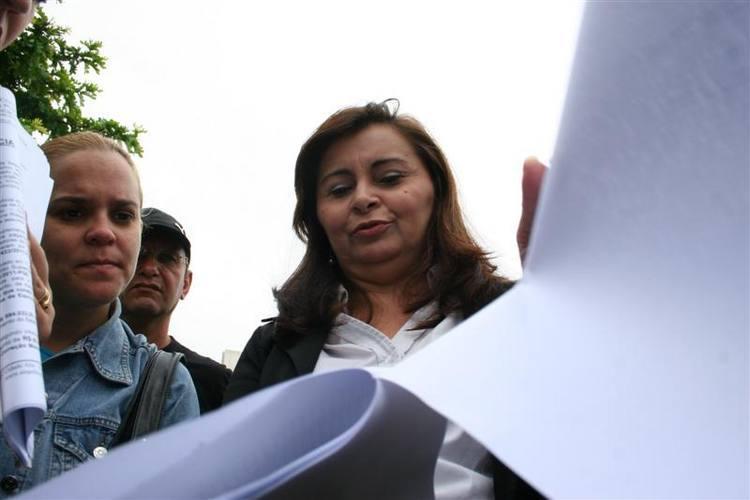 Wilma Marinho, presidente do Sinpol, denunciaou aprovação de crédito suplementar à PGE
