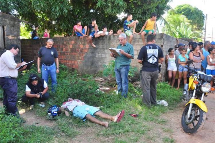 Paulo Márcio Pereira é assassinado no bairro do Planalto.
