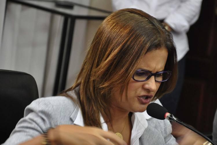 Micarla de Sousa afirma que manifestações são golpistas