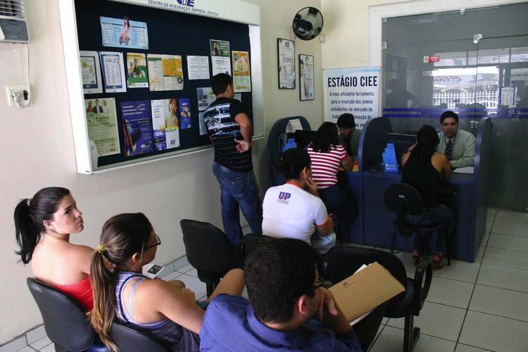 Para concorrer às vagas, via CIEE, os estudantes precisam se cadastrar