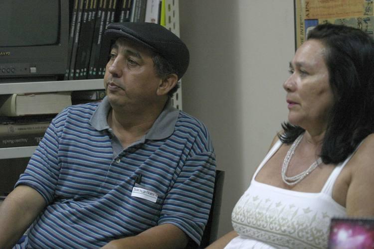 O ator João Pinheiro e a atriz Ivonete Albano representam comissão que cobra pagamentos da Fundação José Augusto