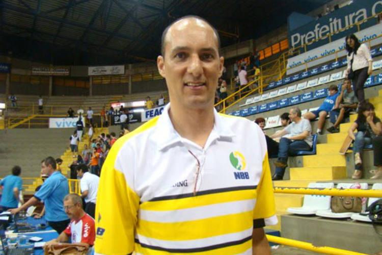 Cadum, campeão Panamericano de 1987 com Seleção Brasileira, é um dos destaques da equipe do Brasil