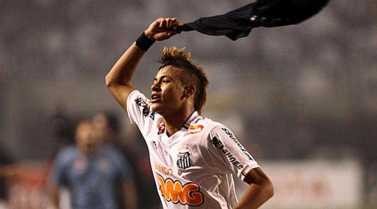 Presidente do Santos nega venda de Neymar ao Barcelona