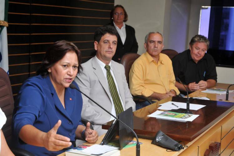 Deputada Federal Fátima Bezerra participou da discussão