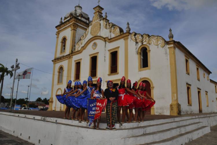 Principal grupo convidado, o Pastoril de Dona Joaquina, de São Gonçalo, destaque até no cartaz do festival, ainda não garantiu a verba para as passagens