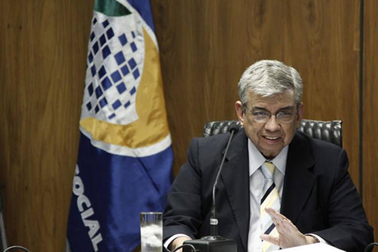 Ministro Garibaldi Filho anuncia números da Previdência Social