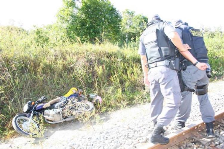 Ivanaldo Fernandes de Souza, de 34 anos, foi atingido por tiros no pescoço e na c abeça