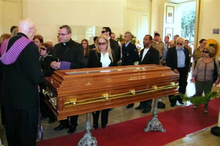 Corpo do ex-presidente foi velado na Câmara de Vereadores de juiz de Fora neste domingo