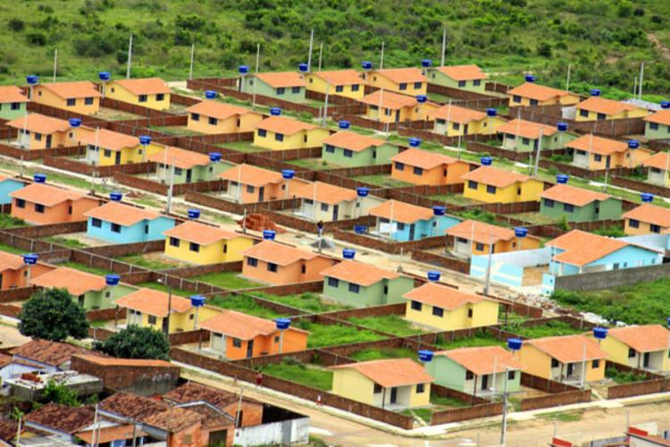 A segunda fase do Programa, lançada dia 16 de junho, prevê a construção de 2 milhões de moradias até 2014 em todo o Brasil