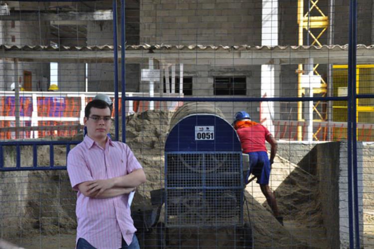 Diante do atraso na entrega do apartamento que comprou no Rio Grande do Norte, o empresário Délio Monteiro Neto entrou na justiça